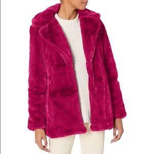 Jessica Simpson Cozy hot pink faux fur coat